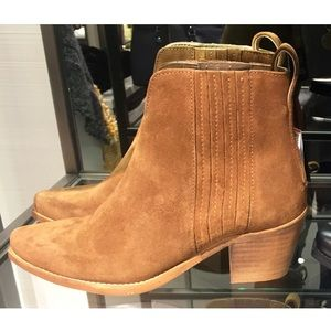 NWT Zara leather western ankle booties